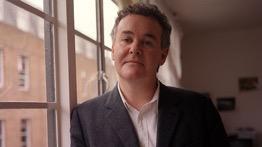 Le journaliste britannique Adam Curtis.